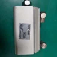 AIR CYLINDER CDQ2B20-30DMZ (중고) 에어 실린더