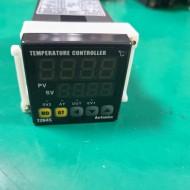 TEMPERATURE CONTROLLER  TZN4S-14R 온도조절기 (중고)