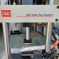 MTS BENDING TESTER 858 TABLE TOP SYSTEM  MAX CAPA 150KG LOAD CELL 50KG (중고) 밴딩 테스터